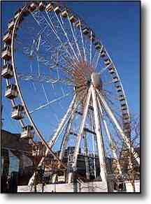 December in Paris : La Grande Roule ferris wheel (image)
