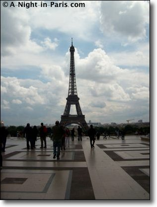 The history of the Eiffel Tower - you must come visit!
