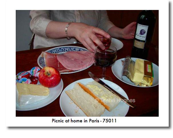 Postcards from Paris - making a picnic at home