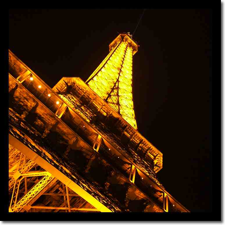 related to eiffel tower - photo #16